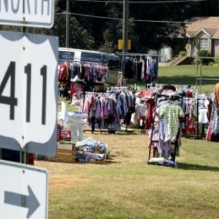 Many on Highway 411 Yard Sale open ahead of schedule